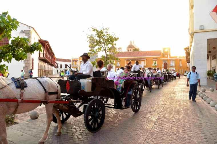 Mi Boda En Cartagena, paseo en coche_11