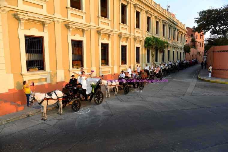 Mi Boda En Cartagena, paseo en coche_13