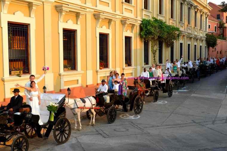 Mi Boda En Cartagena, paseo en coche_14