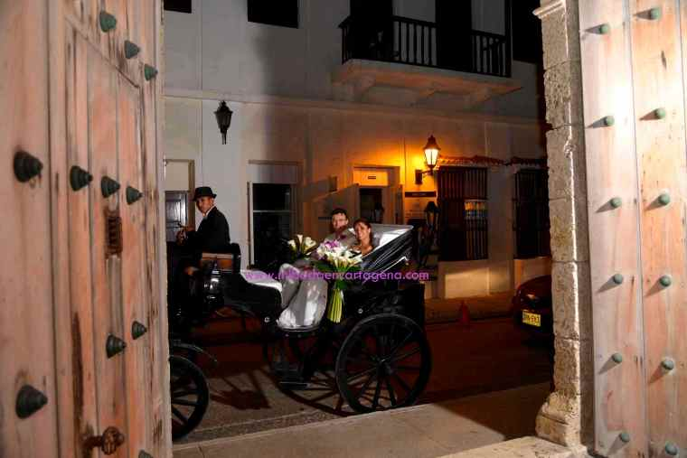 Mi Boda En Cartagena, paseo en coche_15