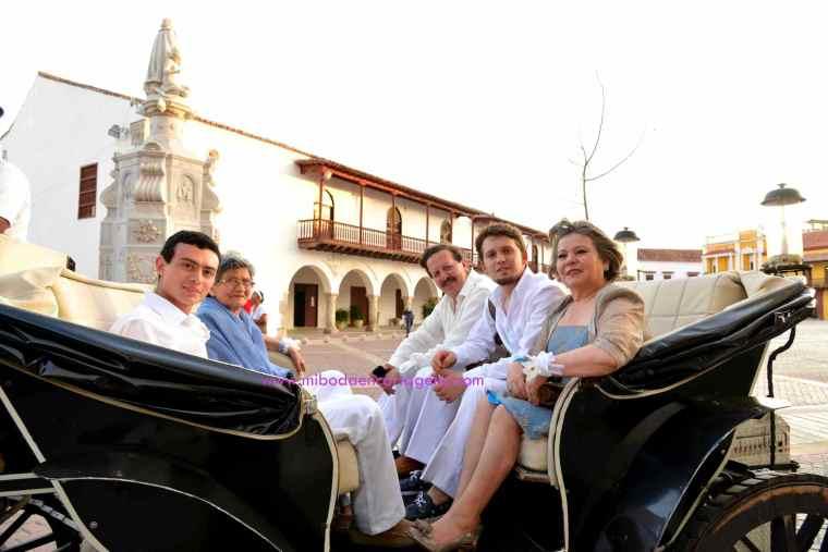 Mi Boda En Cartagena, paseo en coche_5