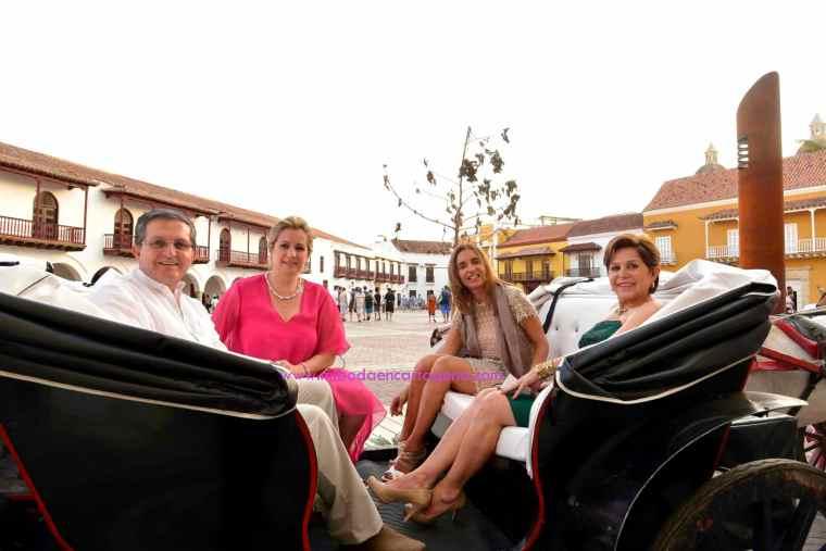 Mi Boda En Cartagena, paseo en coche_8