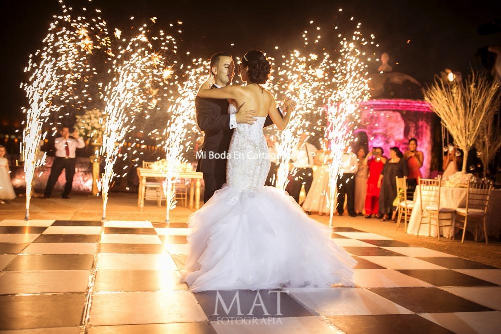 Matrimonio Simbolico En Cartagena : Prometo un millón de fantasías destination wedding in