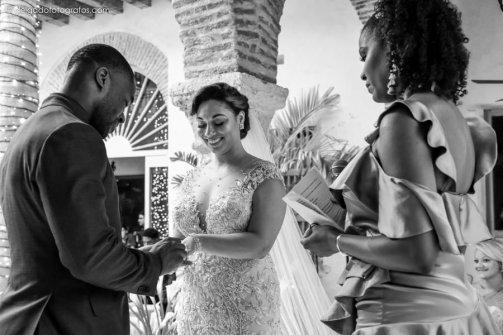 24-house-cartagena-walled-city-wedding
