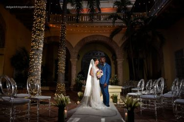 34-house-cartagena-walled-city-wedding