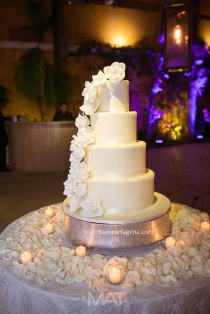 31-photo-studio-cartagena-wedding