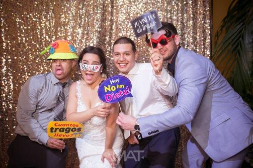 50-cartagena-wedding-reception-photobooth