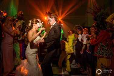 101-cartagena-wedding-reception-crazy hour