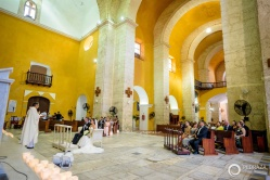 17-cartagena-colombia-wedding-ceremony-church