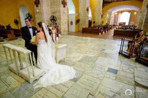 18-cartagena-colombia-wedding-ceremony-church