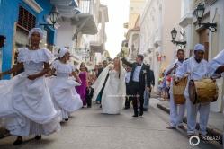 23-cartagena-colombia-wedding-parade-musicians