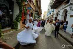 25-cartagena-colombia-wedding-parade-musicians