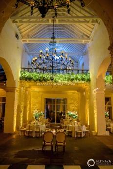 38-cartagena-wedding-reception-details-decoration-flowers