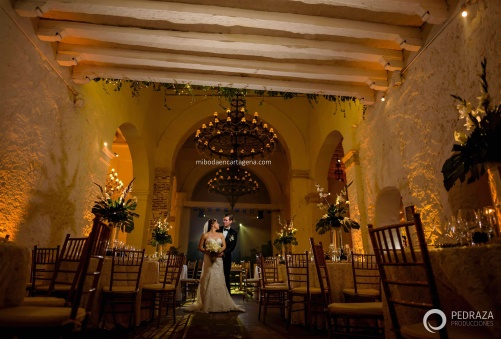 53-photo-studio-cartagena-wedding