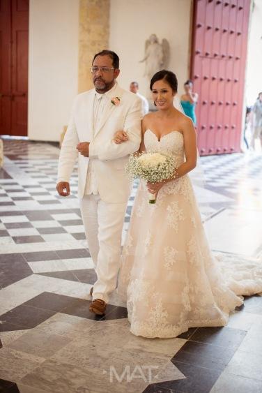 12-cartagena-colombia-wedding-ceremony-catedral
